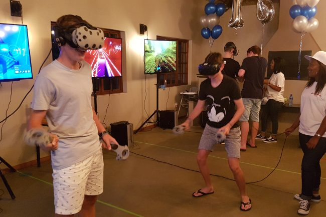 birthday-party-virtual-reality