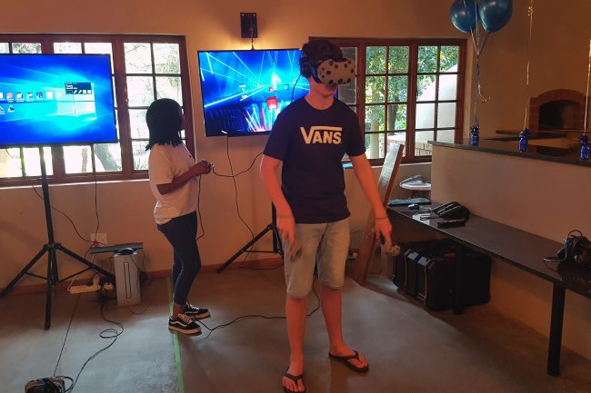 virtual-reality-birthday-party